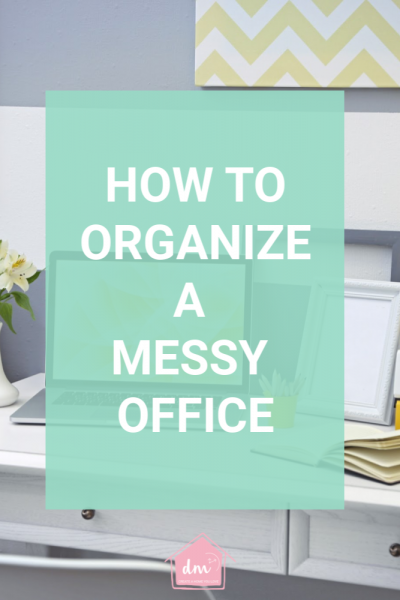 How to organize your office. Declutter and clean out your messy office. Home office organization tips you can use to set up your home office today. Home office organization hacks. How to create a filing system for your home office. How to use zones in your home office. How to set up a home office. #homeofficeorganization #decluttermessyoffice #officeorganizingtips #declutterinminutes