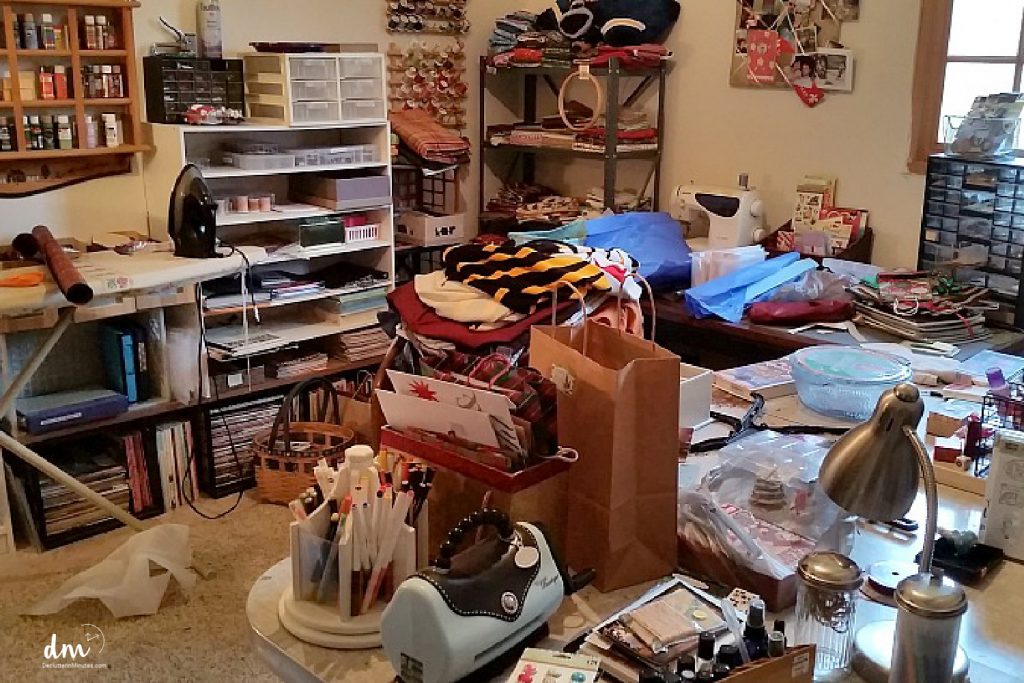 a messy craft room. declutter a craft room